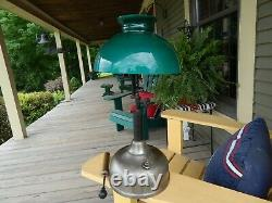 1919 COLEMAN LAMP CO. Quik-Lite GAS TABLE LAMP Lantern withGreen Shade & Pump