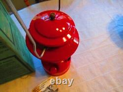 1977 Red Coleman Lantern 200A 5/77 With Box Mantles Pyrex Globe Nice Condition