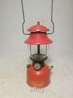 Antique RARE 11/1952 Coleman 200A Black Band Lantern with Original Sunset Globe