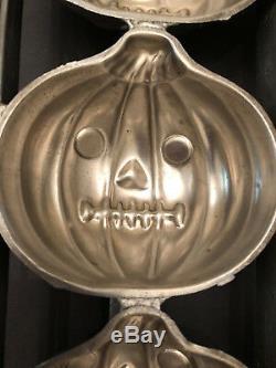 Antique Vintage HALLOWEEN PUMPKIN CHOCOLATE MOLD. JACK-O-LANTERN PUMPKIN MOLD