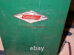 Beautiful Coleman 202 Lantern with original box & metal case