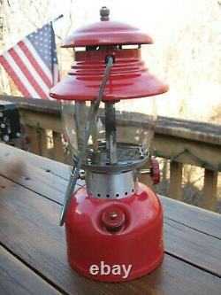 Coleman Beautiful Vintage 200A Single Mantel RED Lantern, Dated May 1956