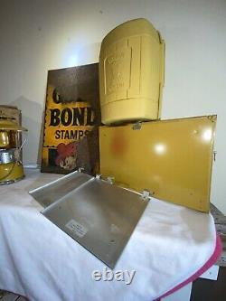 Coleman gold bond lot Lantern Stove sign NO RESERVE