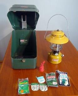 Gold Bond Mustard Coleman Lantern 228H 2-74 With Green Metal Case Untested Rare