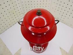 Rare Vintage 1967 Coleman Lantern Model 200a Red Single Mantle / Yellow Globe