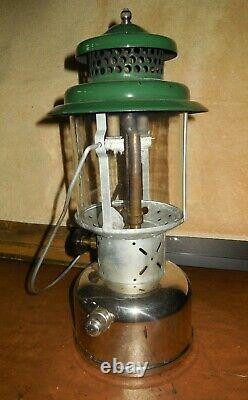 VINTAGE COLEMAN LANTERN MODEL 220D / 1950 / (B 50) With BOX, COLEMAN GLASS, EXTRA'S
