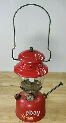VINTAGE RED COLEMAN 200A SINGLE MANTLE LANTERNMAY 1953Great Birthday Gift