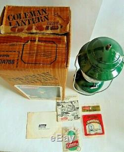 VTG COLEMAN Dated 7-81 MODEL 200A700 SINGLE MANTLE GREEN LANTERN with BOX