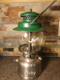 Vintage 10/1957 Model 237 Coleman Lantern withOriginal Sunset Globe (please read)