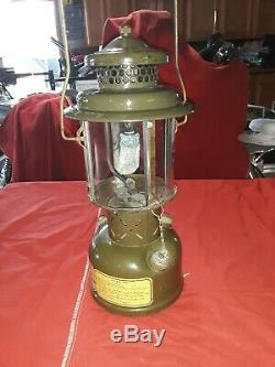 Vintage 1952 Coleman / US Military Lantern