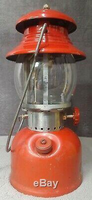 Vintage 1953 High Ventilator Porcelain Burner Tip Red Coleman 200A Lantern + Box