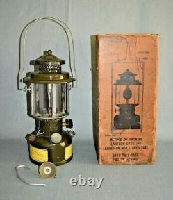 Vintage 1963 COLEMAN US MILITARY LANTERN with4 Panel Glass Nice Condition