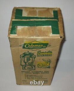 Vintage 1966 Red Coleman Lantern no 200 & Box +
