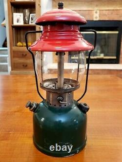 Vintage COLEMAN 200A Christmas Lantern Made in USA 8/1951