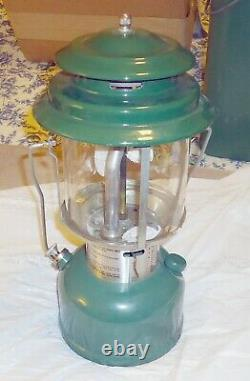Vintage COLEMAN 220H Lantern Dated 4/75 with Green Metal Case