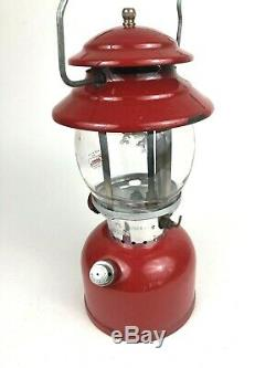 Vintage COLEMAN Lantern + Clamshell Plastic Case Red Model 200A c. 1971 Camping