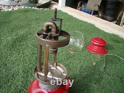 Vintage Coleman 200A Burgundy Single Mantle Lantern February 1962 NICE