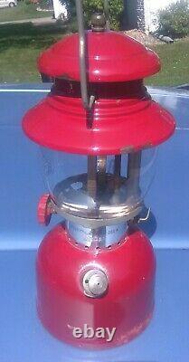 Vintage Coleman Lantern 200a Burgundy 12-61