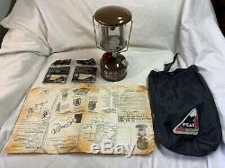 Vintage Coleman Peak 1 Model 222 Mini Lantern Made In Canada 1980