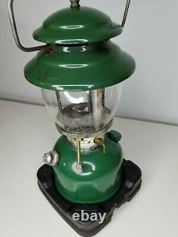 Vintage Green 1983 Single Mantle Coleman Lantern Model 200A-700 With Red Case