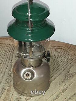 Vintage Hard to Find Coleman Sunshine #202 Camp Lantern withPyrex Globe