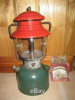 Vintage RED GREEN 1951 COLEMAN Lantern 200A CHRISTMAS Dated 11/51 & Mantles